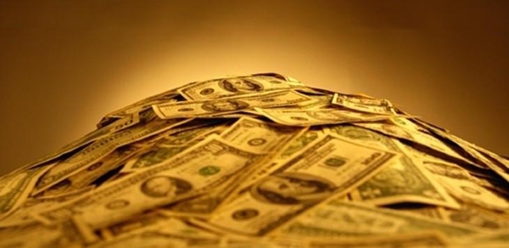 pile_of_money_03.jpg