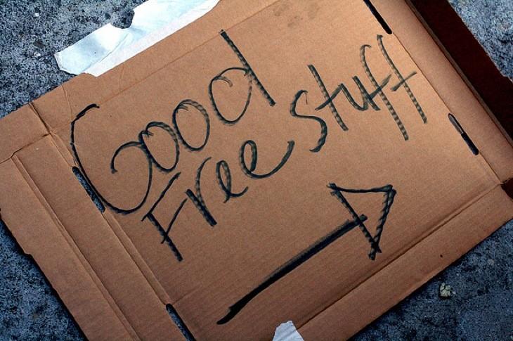 Free stuff sign