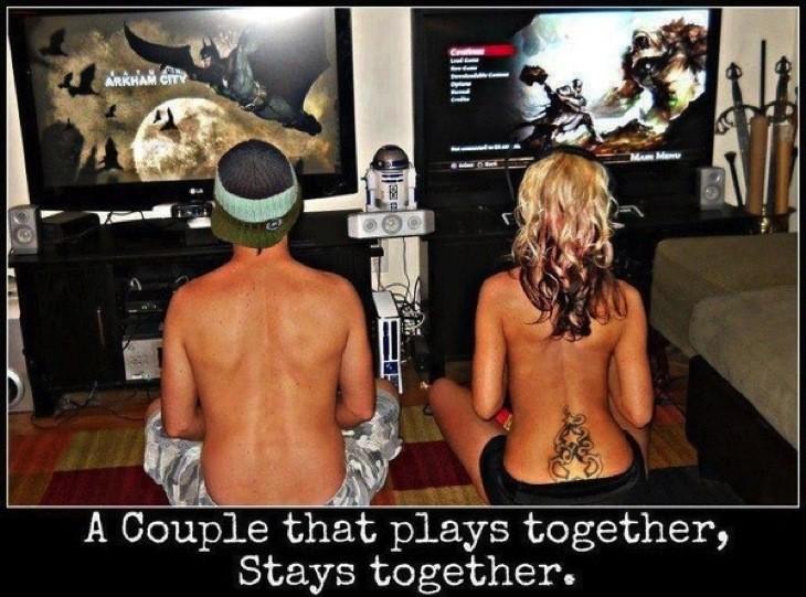 Gamer couple 2