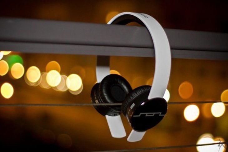 solheadphones.jpg