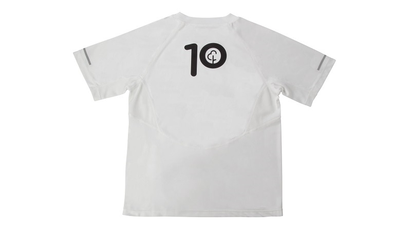 a top that says 10
