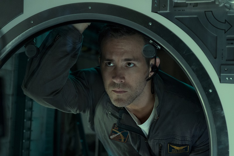 'Life' Shows The Search For Alien Beings Can Be Dangerous