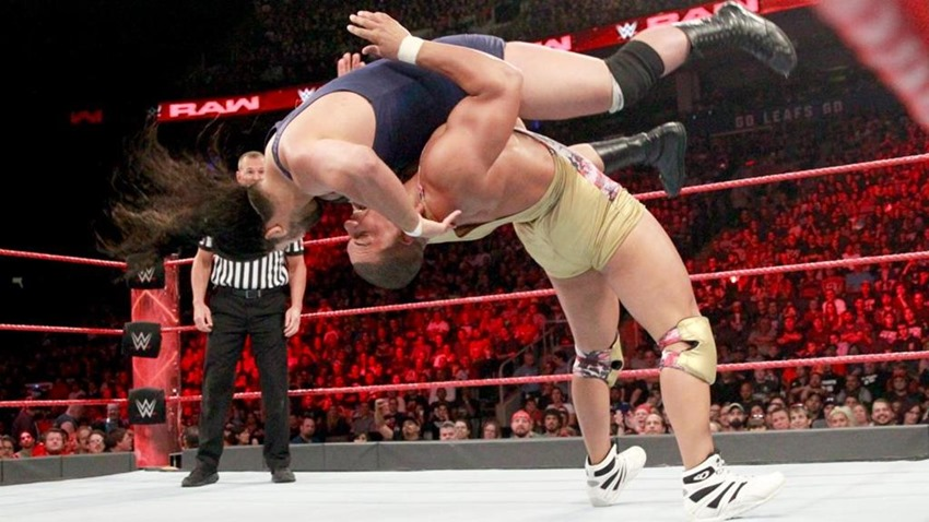 RAW August 07 (5)